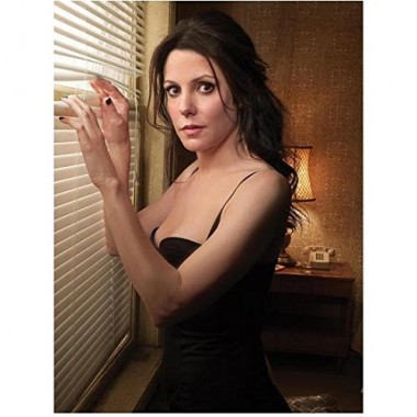 Mary-Louise Parker 8 Inch x 10 Inch Photo Weeds Fried Green Tomatoes Angels in America Black Dress Peeking Through Horizontal Blinds kn