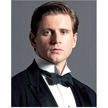 Downton Abbey (TV Series 2010 - 2015) 8 Inch x 10 Inch Photo Allen Leech Black Tie Tuxedo Grey Background kn